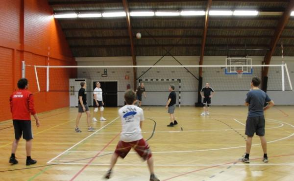recreatief volleyballen